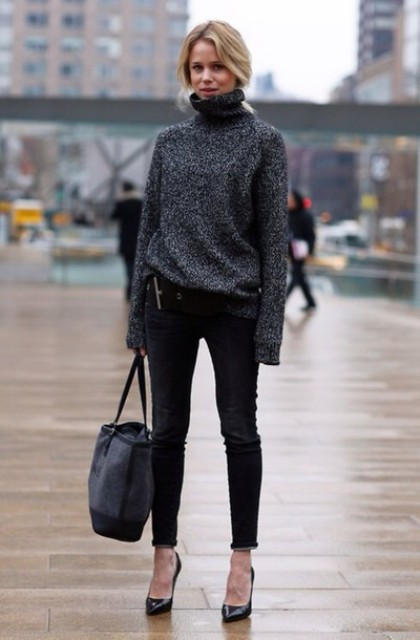 With black skinny pants, tote bag and black pumps