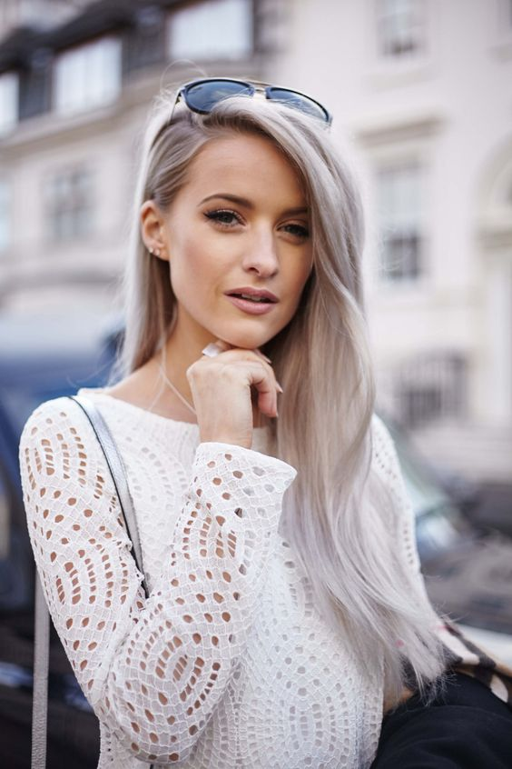show off your gorgeous silver blonde on your super long hair, which is so trendy this year