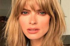 12 messy caramel hair with shaggy bangs will give you a trendy 70s inspired look