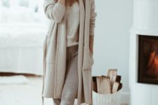 14 dress up in a neutral way for home – wear a top, joggers, a long cardigan and fluffy slippers