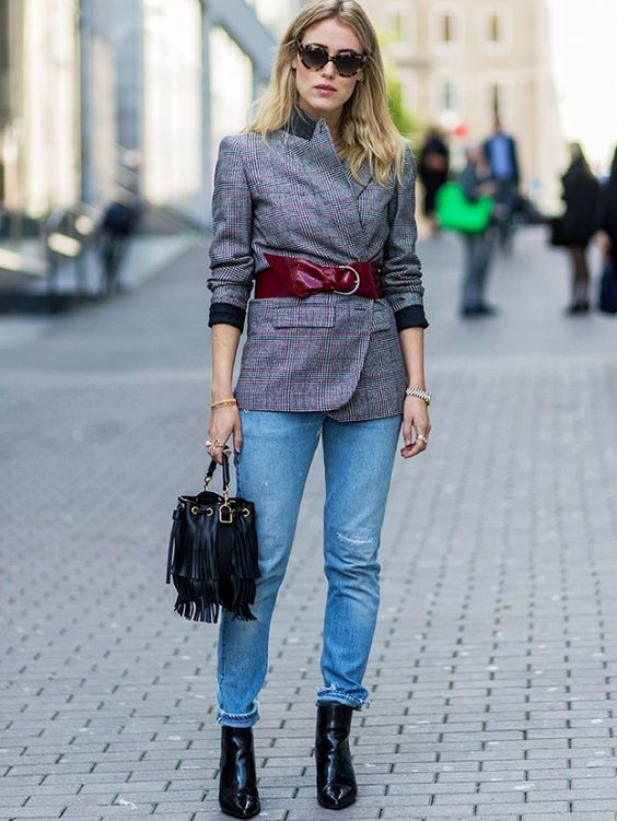 highlight your blazer with a red wide waist belt to add color to your waist and an accent
