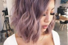 22 rock medium length lilac hair with slights waves to look chic and in trend for this year