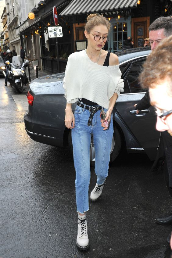 Gigi Hadid leaves her hotel and goes to a photo studio in Paris, FrancePictured: Gigi Hadid Ref: SPL1453261  280217 Picture by: TeamB / Splash NewsSplash News and Pictures Los Angeles:310-821-2666 New York:212-619-2666 London:870-934-2666 photodesk@splashnews.com