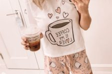 03 a funny pajamas set with a printed top and pink rpinted shorts is comfy and whimsy, raise your mood with it