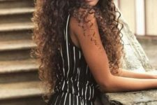 03 style your natural curls giving them a texture and voila – you look very trendy