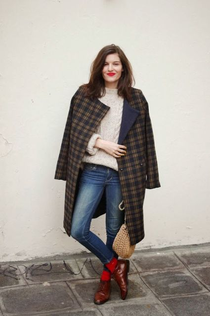 With beige sweater, checked coat, skinny jeans and marsala boots