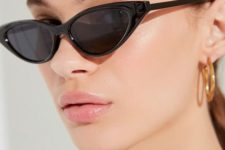 02 cat eye sunglasses are classics but this season choose very narrow and long ones