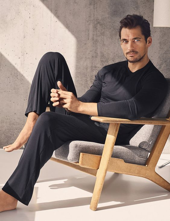 a black slim fit set with a long sleeve tee and pants is a great idea to wear at home