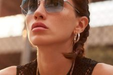 13 blue square sunglasses will make your look stand out and will add color to the outfit