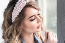 a pink padded knot headband with pearls is a cool idea as pearls are in trend right now