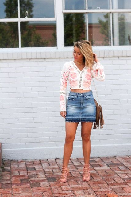With printed crop long sleeve shirt, fringe bag and high heeled sandals