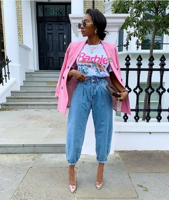 a glam look with a colorful printed tee, blue baggy jeans, shiny pink shoes and a hot pink blazer