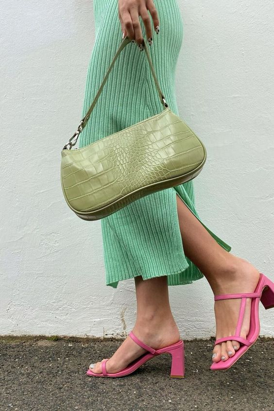 a light green reptile skin baguette bag and pink square toe heels will make your look super trendy
