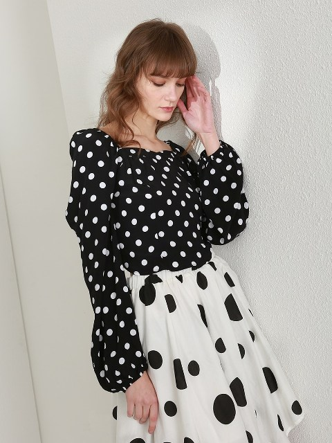 With black and white polka dot A line skirt