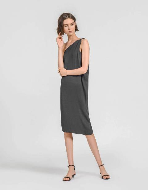 With gray one shoulder midi dress