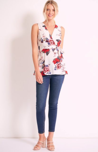 With skinny cropped jeans and beige heeled sandals