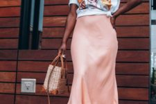 a midi skirt is a perfect choice for summer