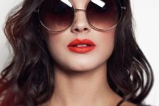 a fresh take on classics – oversized ombre round sunglasses in a thin frame