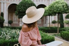 06 a pink off the shoulder midi dress, a straw hat and a mini straw bag for a romantic summer look