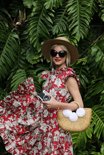 With floral sleeveless dress and hat
