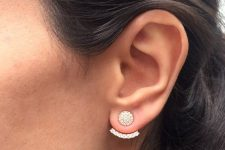 a chic and glam gold and crystal ear jacket – a round and a curved part being in pure harmony