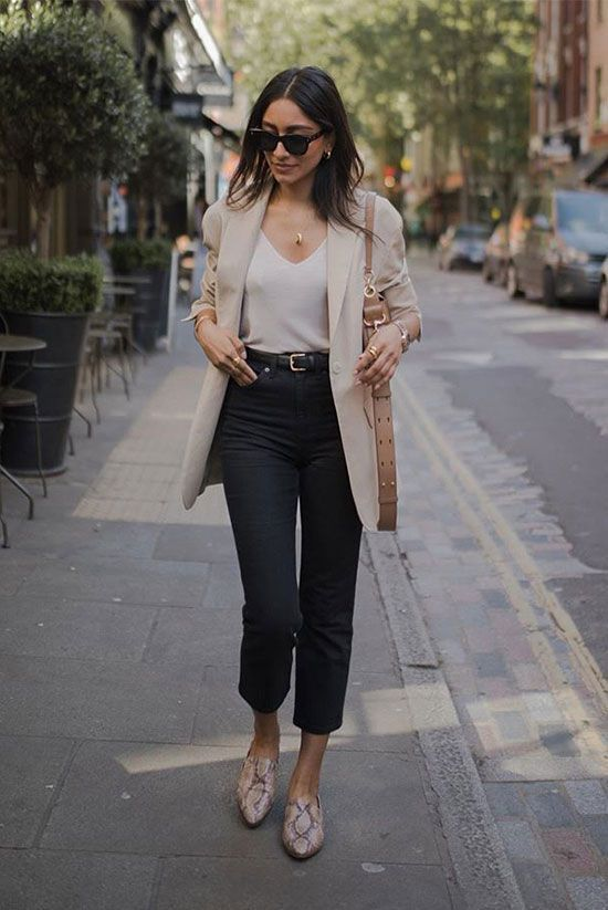a white top, black cropped jeans, a creamy semi fitting long blazer and snakeskin print moccasins