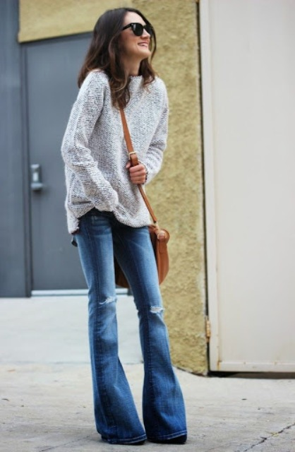 With gray shirt, brown crossbody bag and shoes