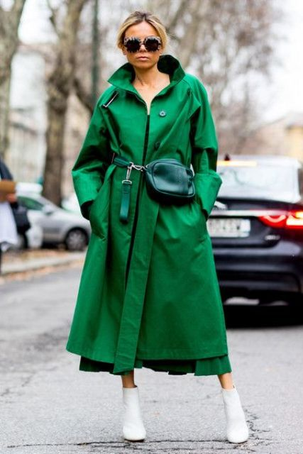such an emerald trench is a great way to stand out this fall and accent your look, even the most neutral one