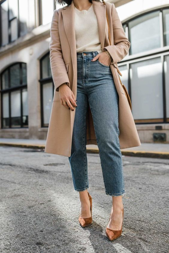 a white ribbed top, blue cropped jeans, a tan coat and brown suede heels for the fall