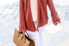 With white V-neck top, white cropped pants, brown leather tote bag and leopard printed shoes