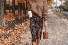 a stylish chunky knit sweater if perfect for fall outfits