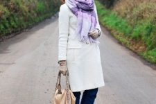 With white coat, beige hat, beige tote bag and printed boots