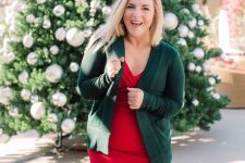 a comfy fitting red dress, a dark green cardigan to compose a simple and chic Christmas look