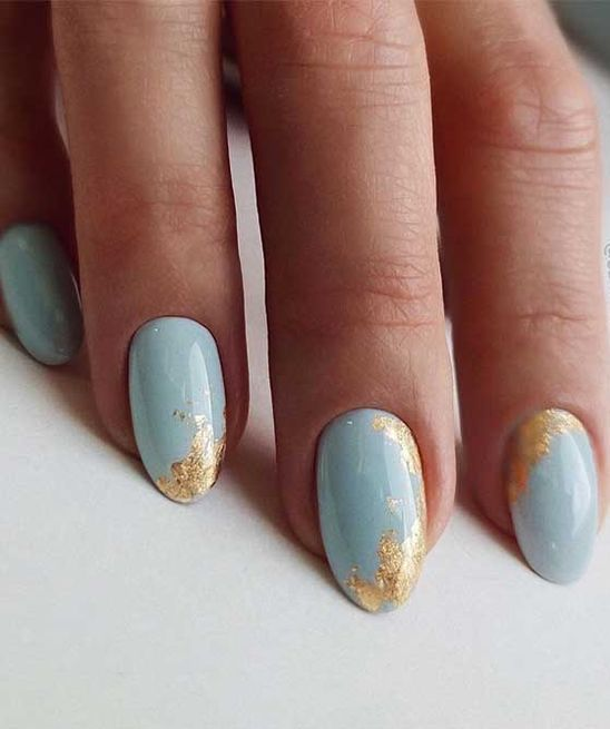 12 powder blue nails with gold foil are amazing for spring and summer