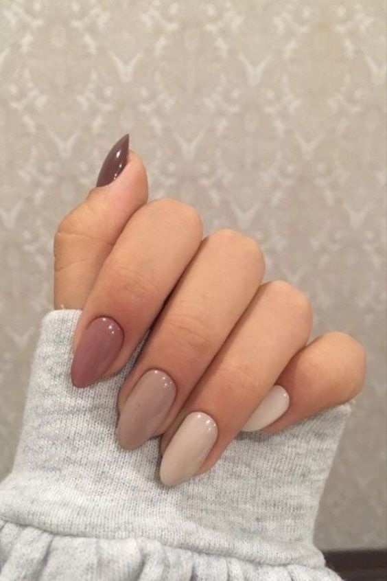 a beautiful monochromatic manicure in nude and neutral shades is a very lovely idea