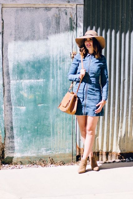 With hat, brown bag and suede ankle boots