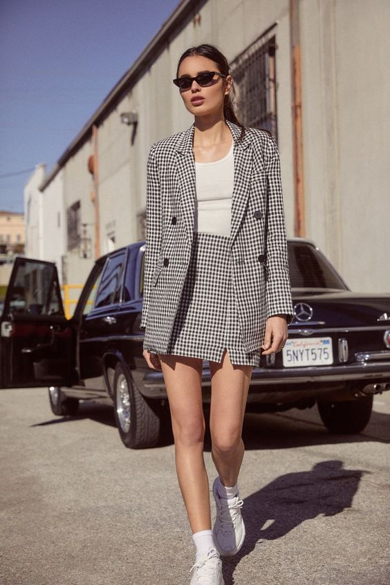 a stylish spring look suitable for an office
