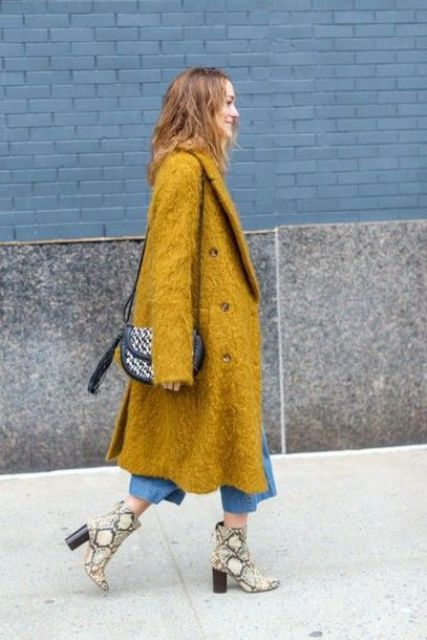 blue denim culottes, snakeskin boots, a mustard fuzzy coat, a printed bag for a touch of color in winter