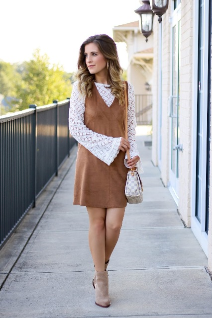 With brown mini dress, printed bag and gray suede ankle boots