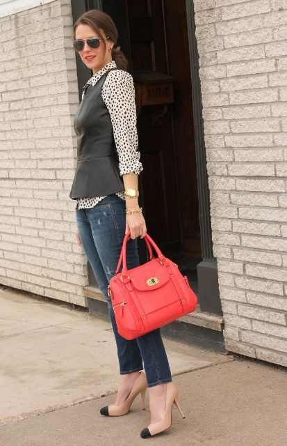 With printed shirt, navy blue jeans, red bag and two colored shoes