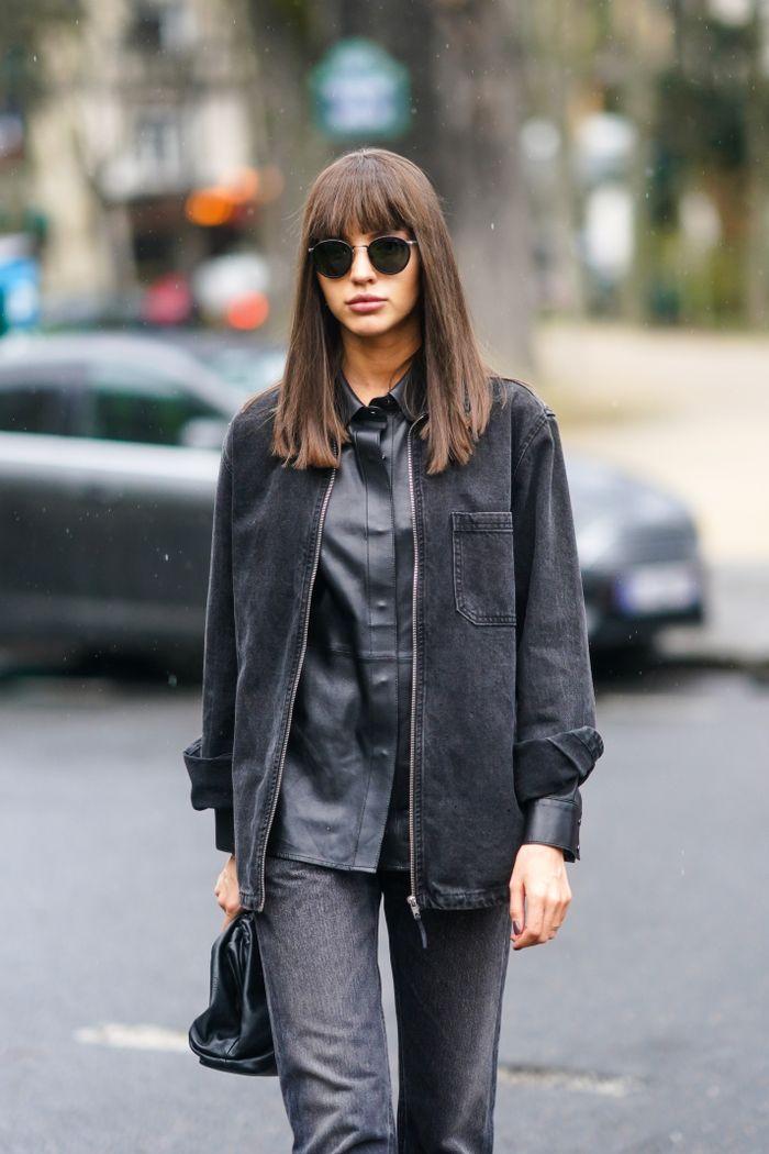 Street Style  – Paris Fashion Week – Womenswear Fall/Winter 2020/2021 : Day Three