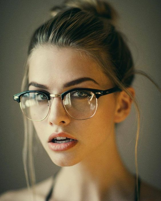 clubmaster glasses are perfect for polishing many looks, especially formal and casual ones