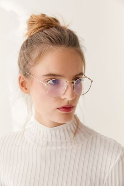 gorgeous gold rimmed round glasses look chic, timeless and veyr lightweight