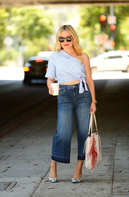With denim culottes, tote bag and printed pumps