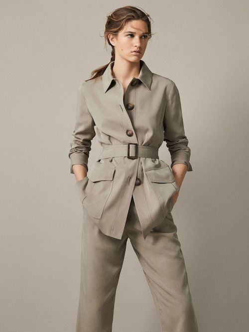 a gorgeous belted grey safari jacket and matching trousers for a stylish spring or spring to summer look