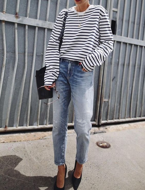 a trendy look with boyfriend jeans