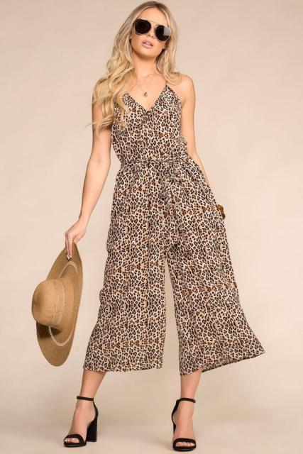 With straw hat and black ankle strap shoes