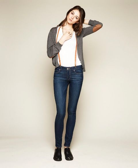 With white t-shirt, gray cardigan and black leather shoes