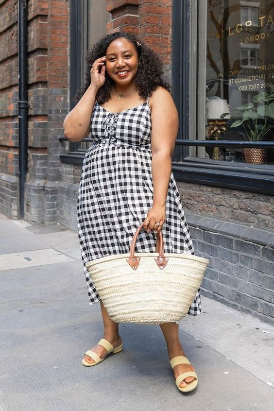 an easy summer look with a straw bag
