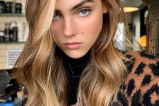 17 light brunette hair with sunkissed locks framing the face is a gorgeous idea to rock in summer